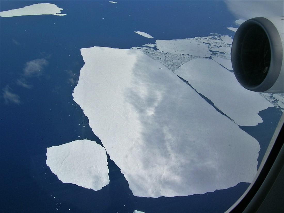 2014-shack-and-antarctic-080